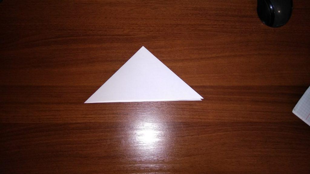 как сделать большую снежинку из бумаги поэтапно
