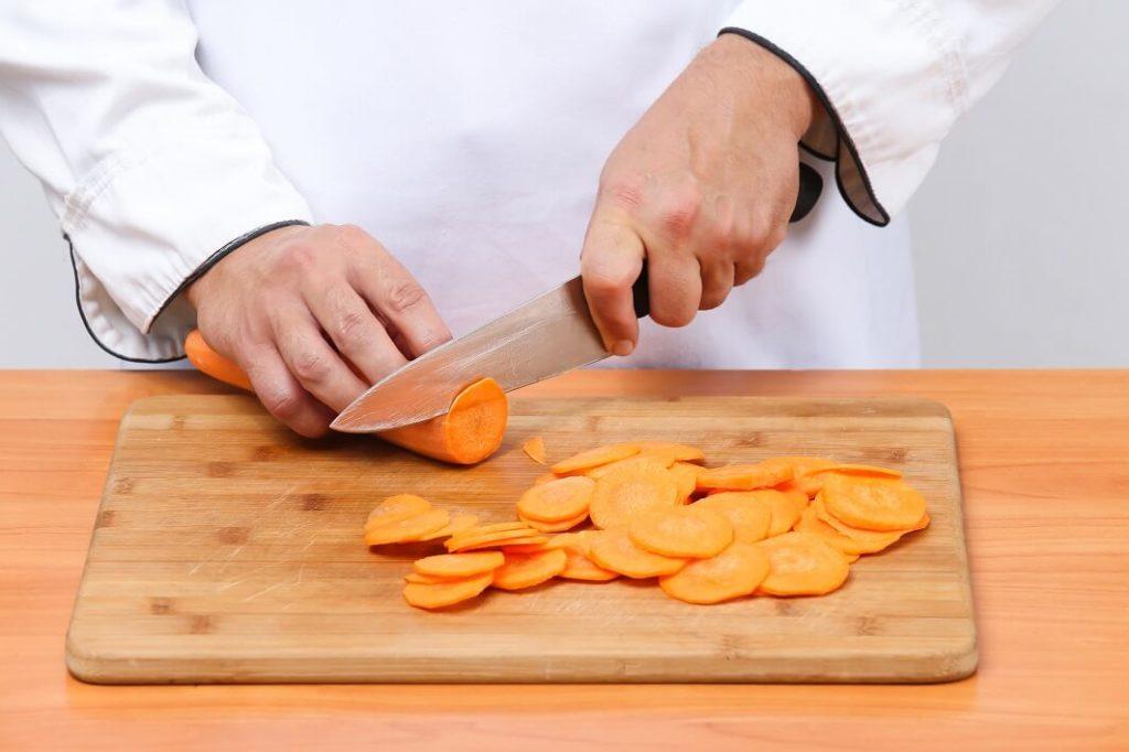 чипсы из моркови в духовке