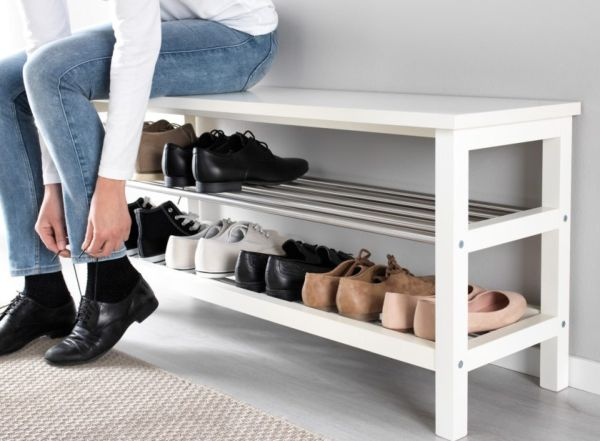 Обувь в прихожей