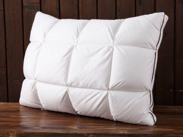 Диванная подушка из пуховика