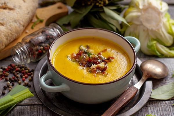 Суп с куркумой