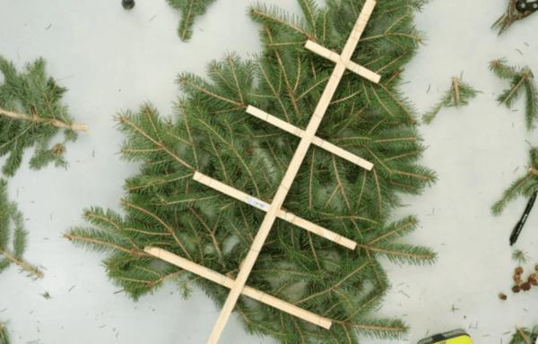 Каркас для елки из веток