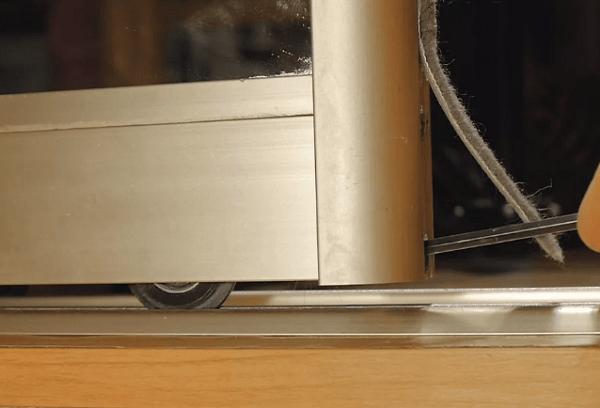 Проблемы со шкафом и роликами