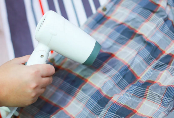 Глажка рубашки феном