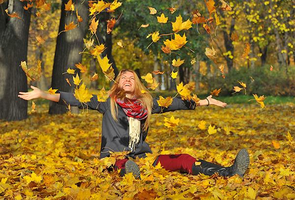 Радость от осенней листвы