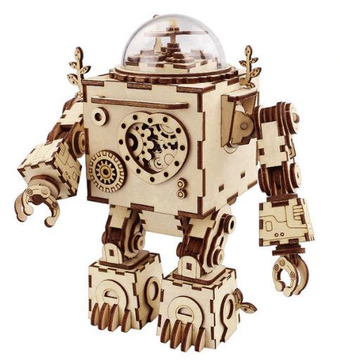 Робот, поющий и светящийся