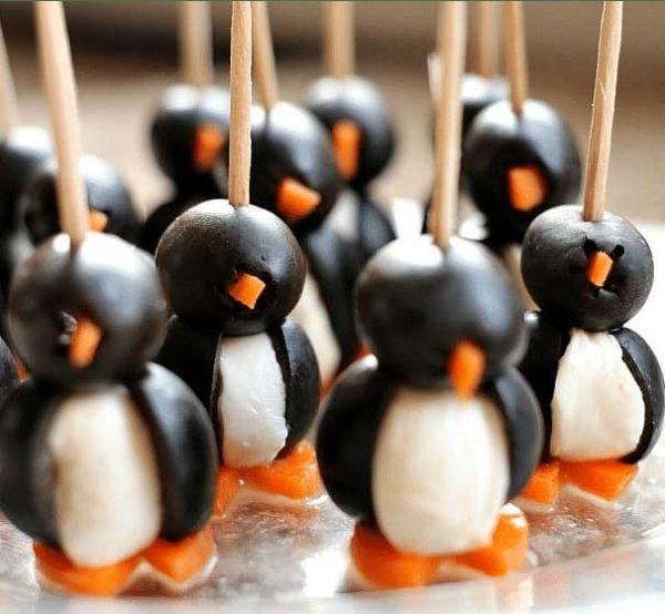 Пингвины на новогоднем столе