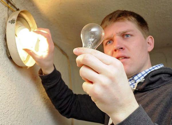 Самостоятельная замена лампочки