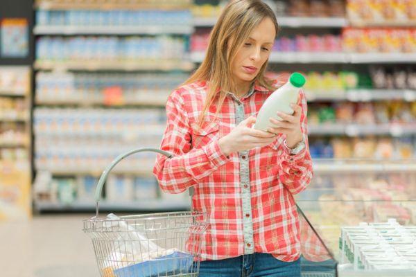 Покупка молочных продуктов