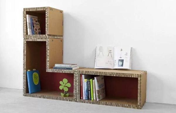 Книжный шкаф из картона