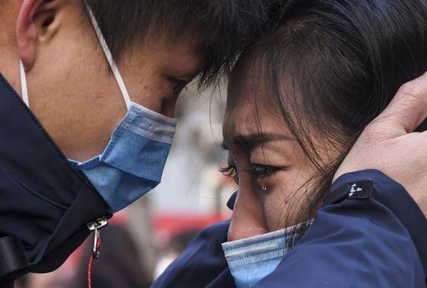 Китайцы в медицинских масках