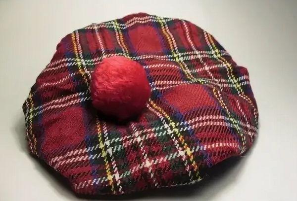 Беретка шотландка