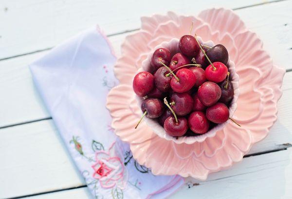 Ягоды вишня