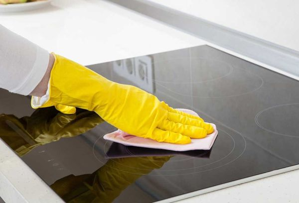 Чистка плиты из стеклокерамики