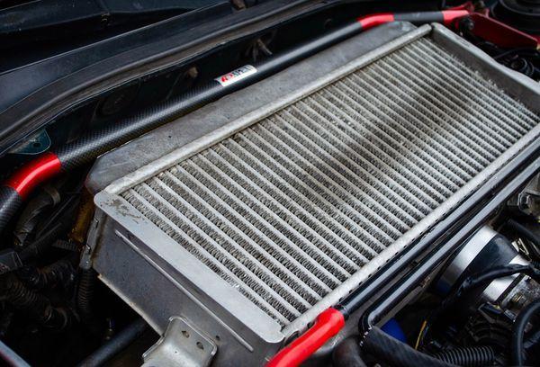 Радиатор машины