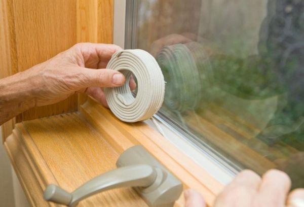 Способ утепления деревянных окон